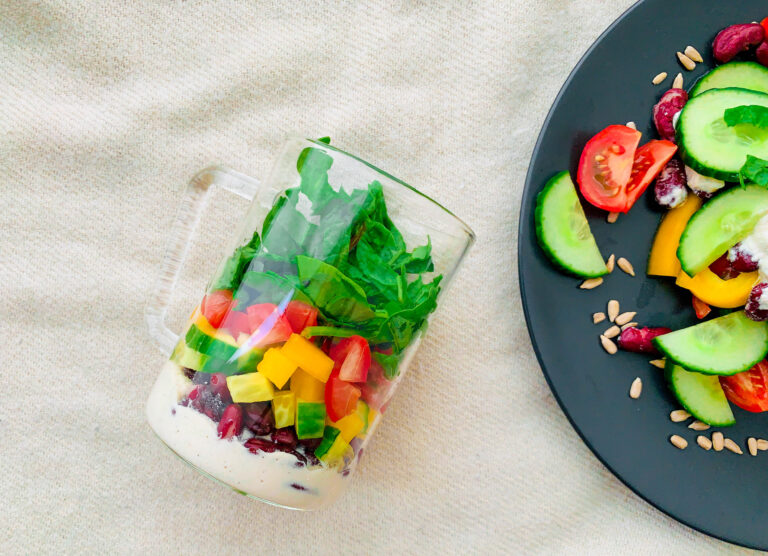 How to build a perfect salad in 5 steps