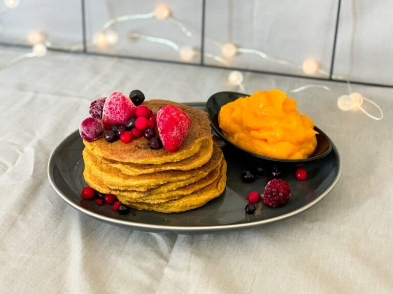Vegan healthy Pumpkin Pancakes