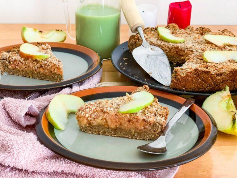 Healthy vegan Apple Pie recipe – refined sugar-free, gluten-free