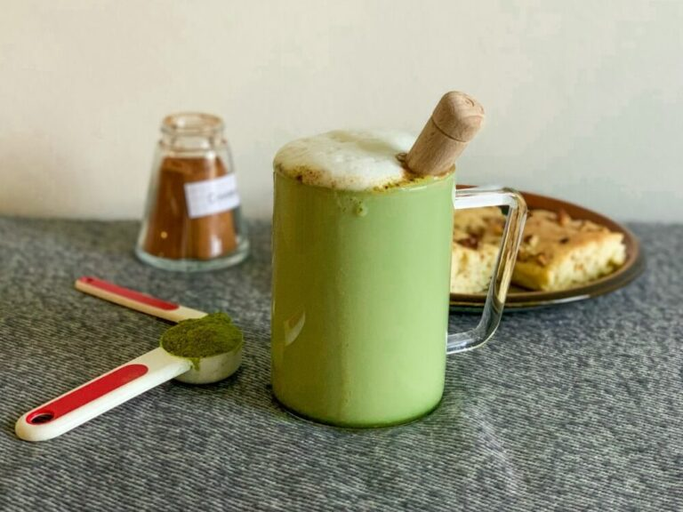 How to make perfect matcha without a bamboo whisk?