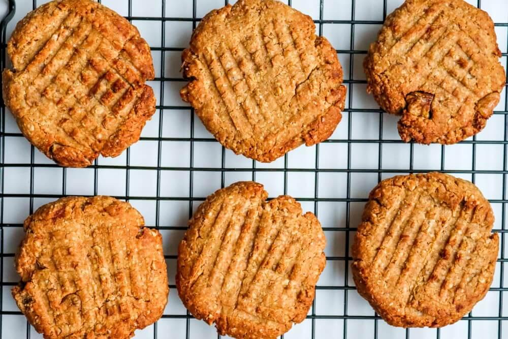 peanut butter oatmeal banana cookies 3 ingredients