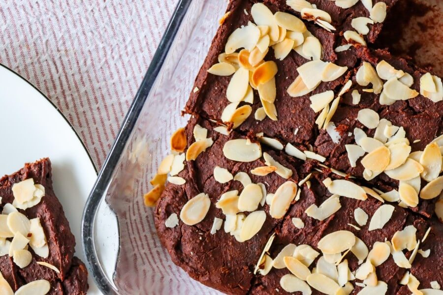 chickpea brownie vegan, healthy, sugar-free, gluten-free